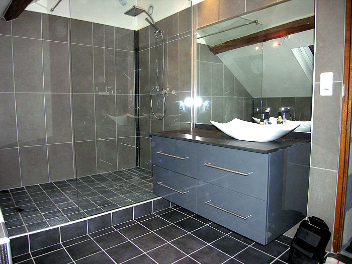 lavabo de douche lavabo douche sur enperdresonlapin. Black Bedroom Furniture Sets. Home Design Ideas